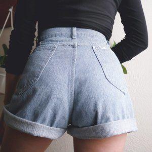 [lee] vintage 90s high rise denim mom shorts